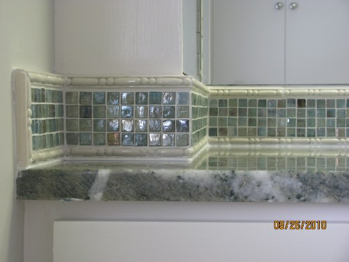A to z tile gallery for Glass tile border bathroom ideas